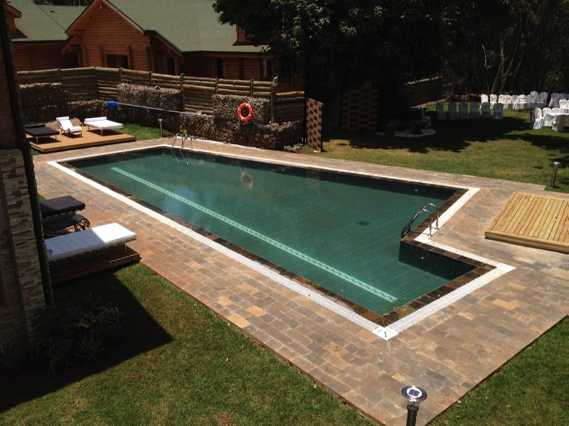 Swimming pool cleaning company in nairobi kenya for Pool building companies